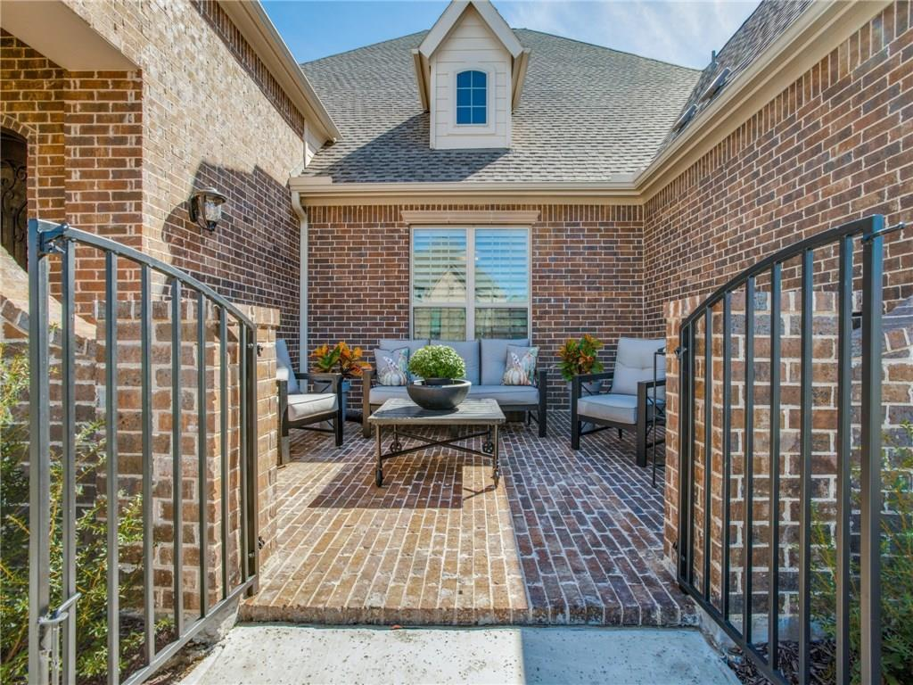 Sold Property | 10905 Smoky Oak Trail Flower Mound, Texas 76226 2