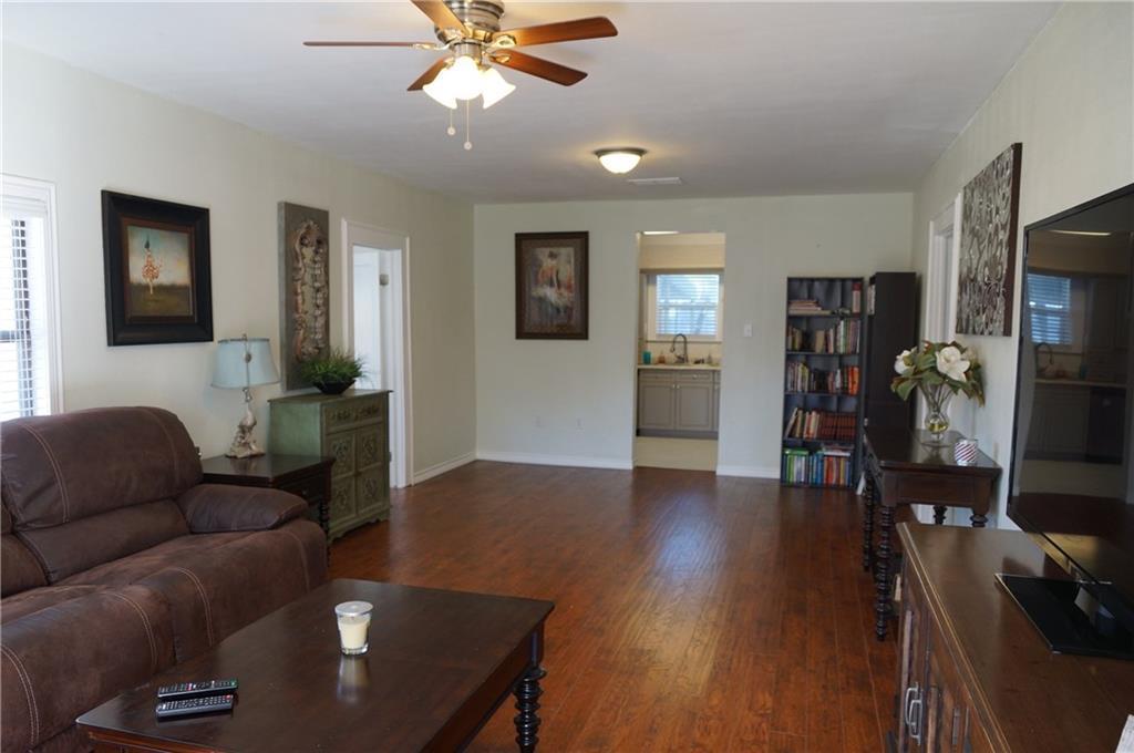 Sold Property | 5312 Dartmouth Avenue River Oaks, Texas 76114 1
