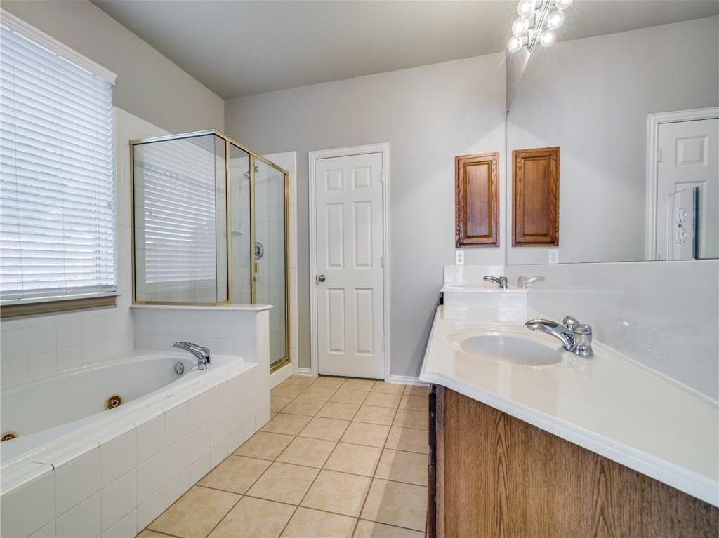 Sold Property | 1600 Country Bend Allen, Texas 75002 17