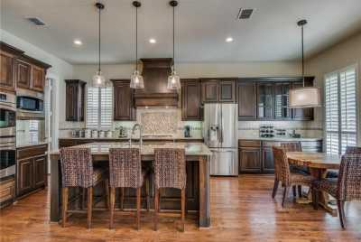 Sold Property | 674 Flagstone Drive Irving, Texas 75039 6