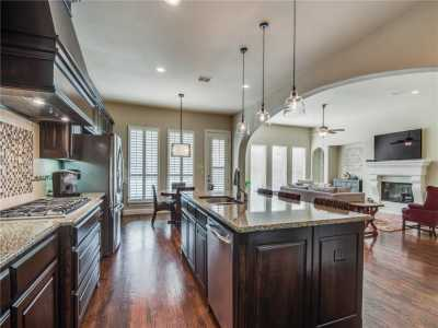 Sold Property | 674 Flagstone Drive Irving, Texas 75039 7
