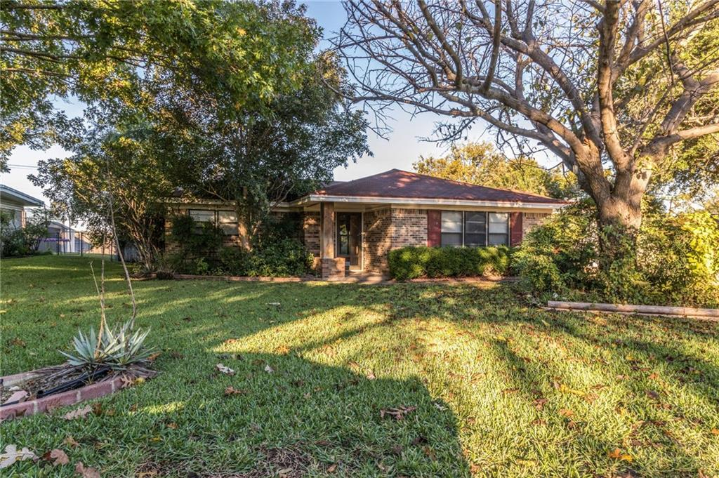 Sold Property | 3924 Westerly Road Benbrook, Texas 76116 3