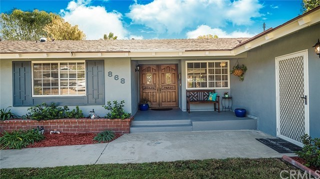 Closed | 868 Saint John Place Claremont, CA 91711 3
