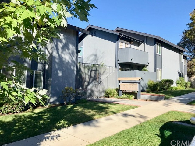 Closed | 1865 Stanley  Avenue #5 Signal Hill, CA 90755 1