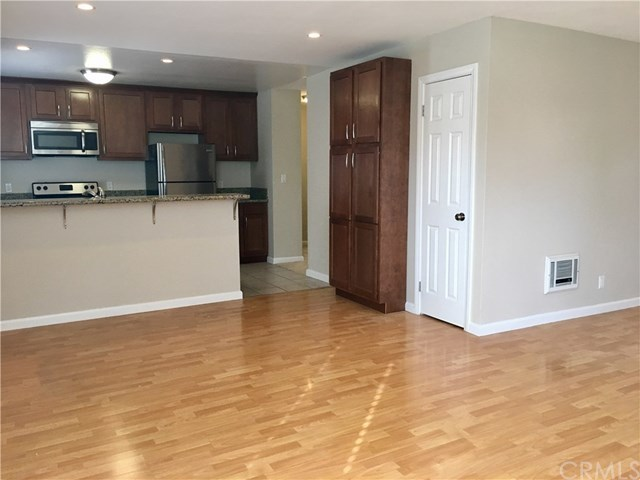 Closed | 1865 Stanley  Avenue #5 Signal Hill, CA 90755 6