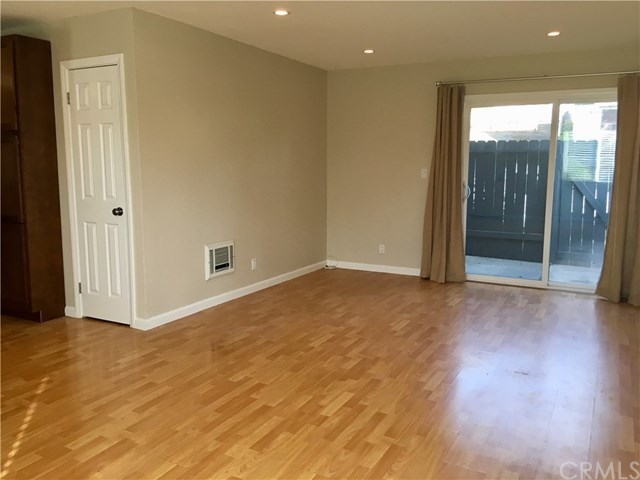 Closed | 1865 Stanley  Avenue #5 Signal Hill, CA 90755 7