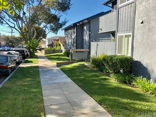 Closed | 1865 Stanley  Avenue #5 Signal Hill, CA 90755 21