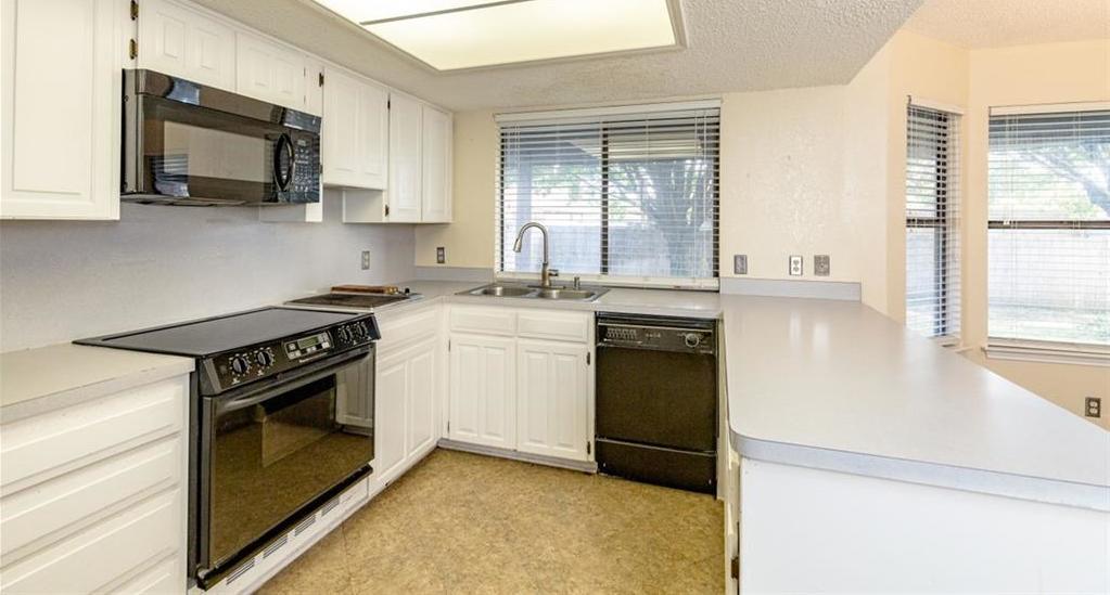 Sold Property   6405 Berlinetta Drive Arlington, Texas 76001 15