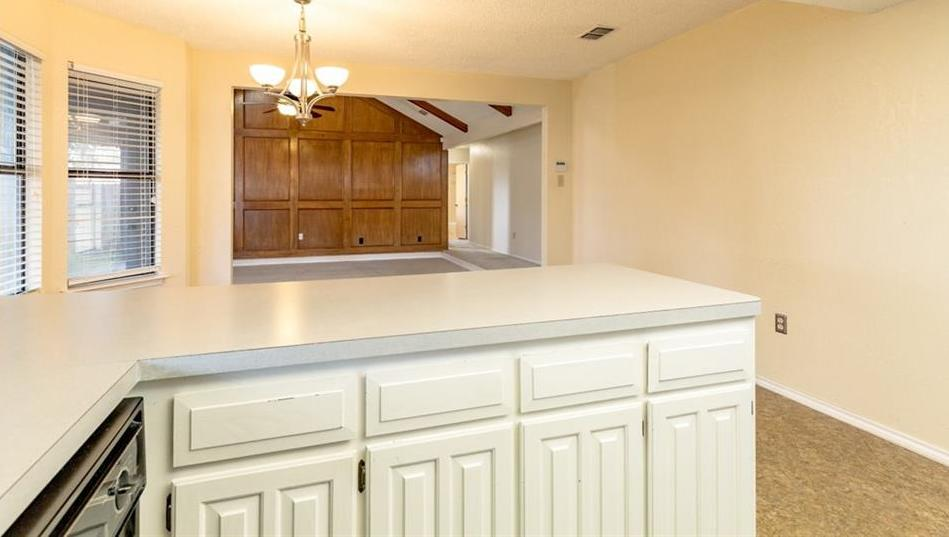 Sold Property   6405 Berlinetta Drive Arlington, Texas 76001 19