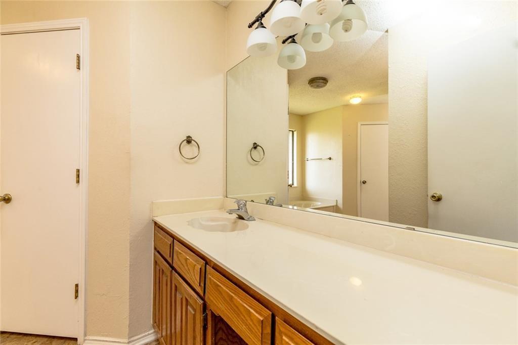 Sold Property   6405 Berlinetta Drive Arlington, Texas 76001 23