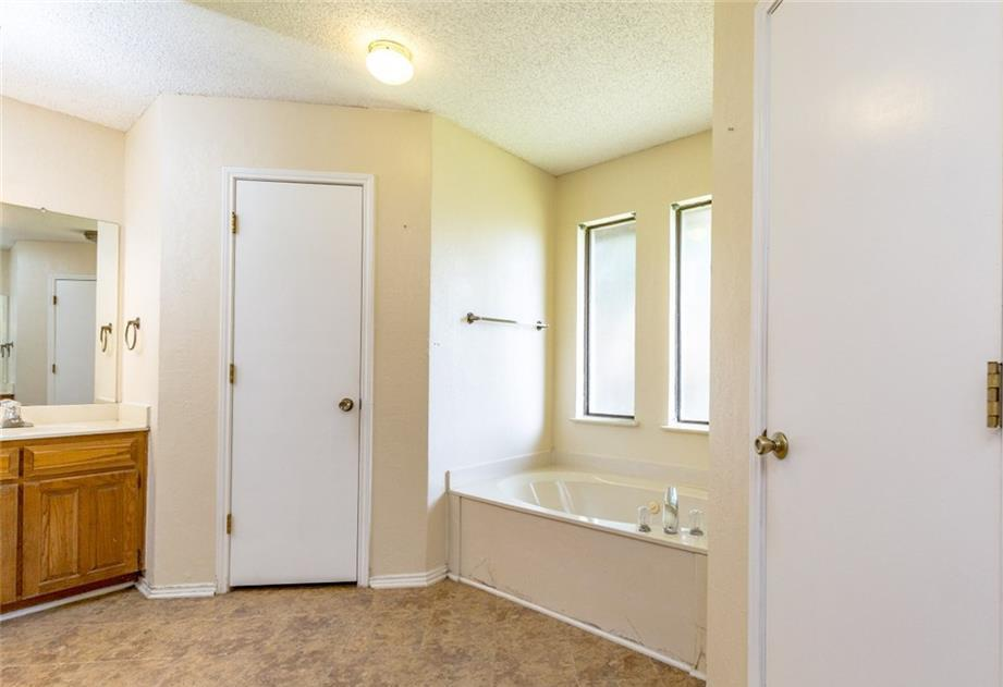 Sold Property   6405 Berlinetta Drive Arlington, Texas 76001 24