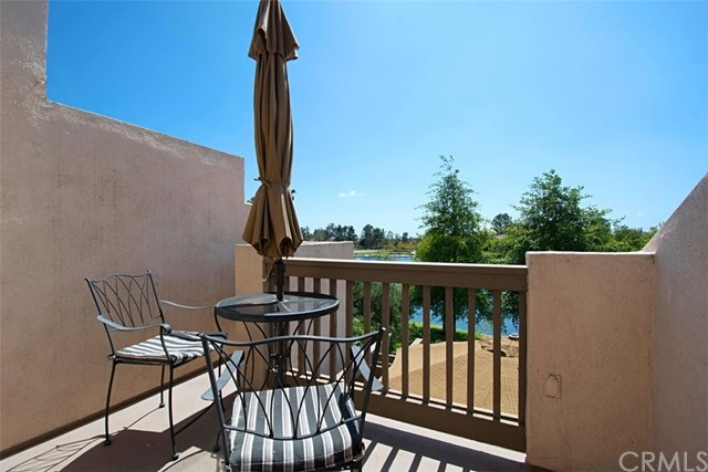 Closed | 85 Brisa Del Lago  Rancho Santa Margarita, CA 92688 2