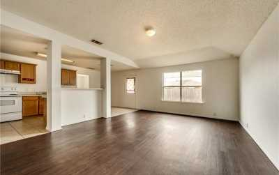 Leased   215 Pinecrest  Seagoville, Texas 75159 8