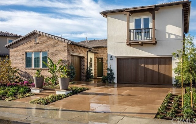 Active | 2452 La Capella Court Orange, CA 92867 2