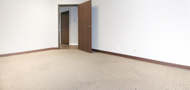 Property for Rent | 1914 W Orangewood Avenue #B Orange, CA 92868 2