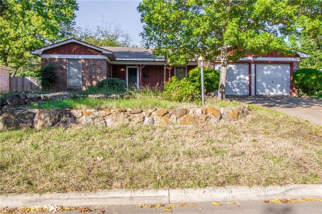 Sold Property | 1218 Usher Street Benbrook, Texas 76126 2