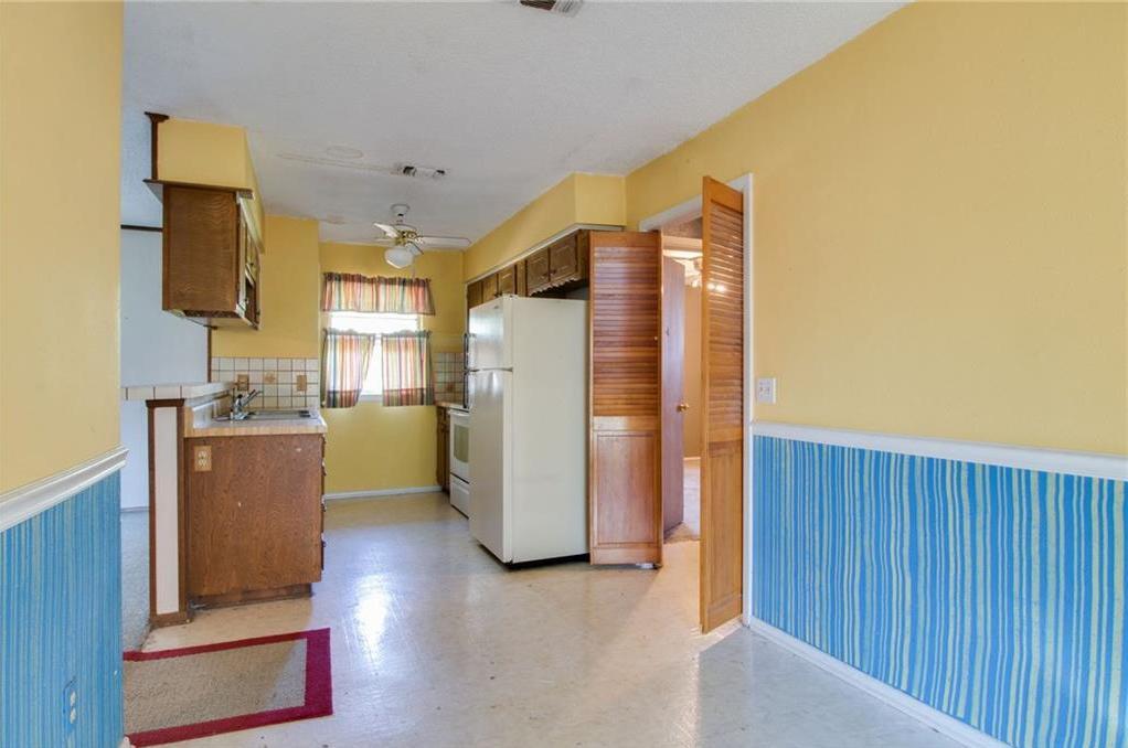 Sold Property | 1218 Usher Street Benbrook, Texas 76126 12