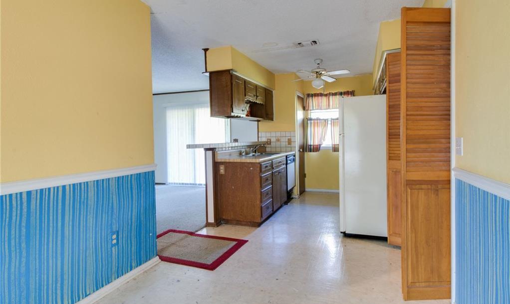 Sold Property | 1218 Usher Street Benbrook, Texas 76126 13