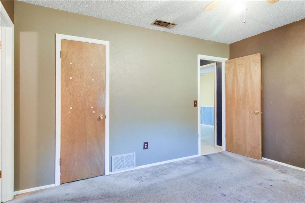 Sold Property | 1218 Usher Street Benbrook, Texas 76126 17
