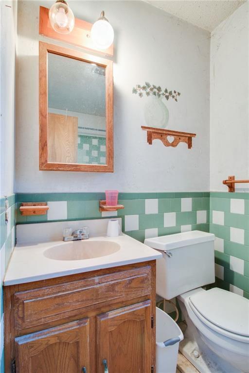 Sold Property | 1218 Usher Street Benbrook, Texas 76126 18