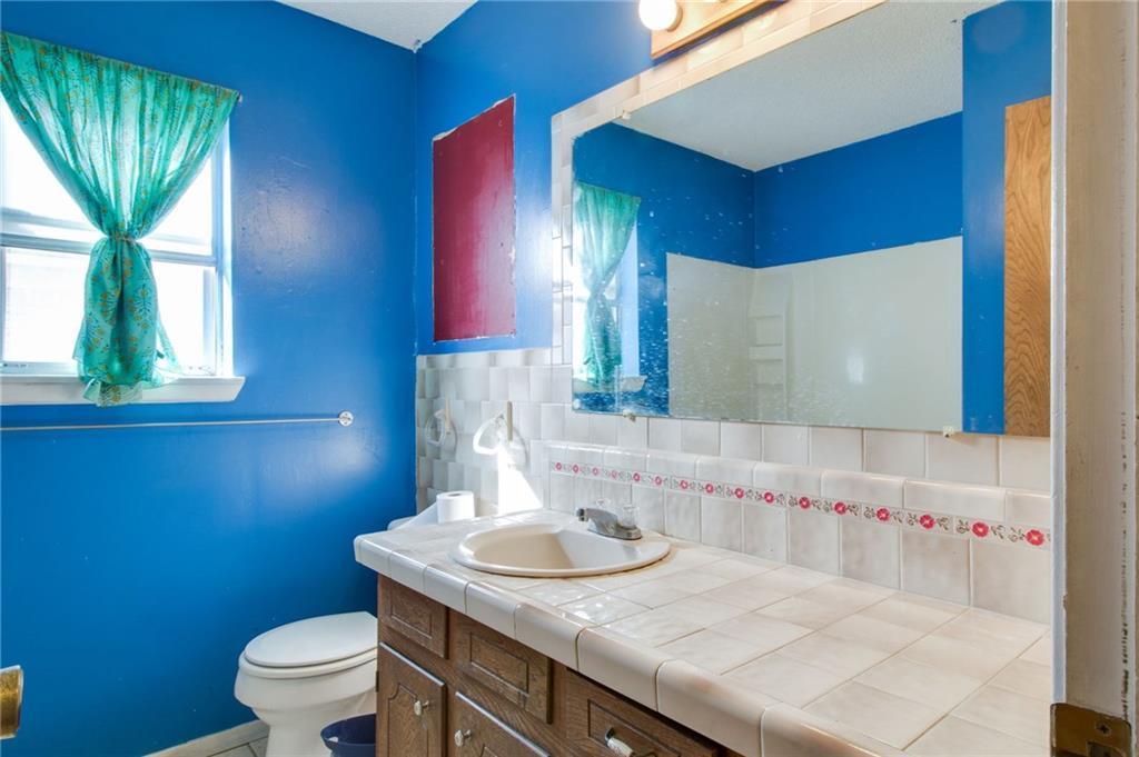 Sold Property | 1218 Usher Street Benbrook, Texas 76126 22