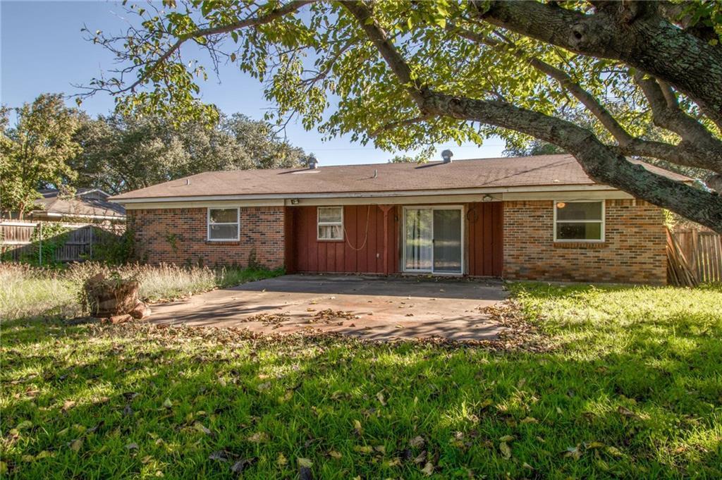 Sold Property | 1218 Usher Street Benbrook, Texas 76126 29