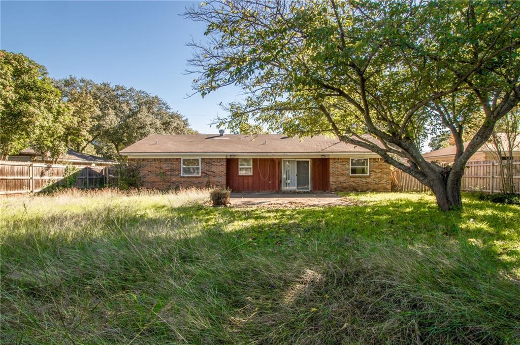 Sold Property | 1218 Usher Street Benbrook, Texas 76126 30
