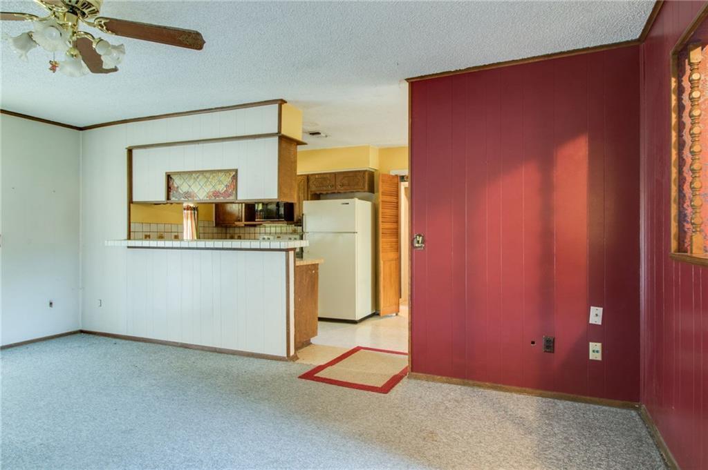 Sold Property | 1218 Usher Street Benbrook, Texas 76126 5