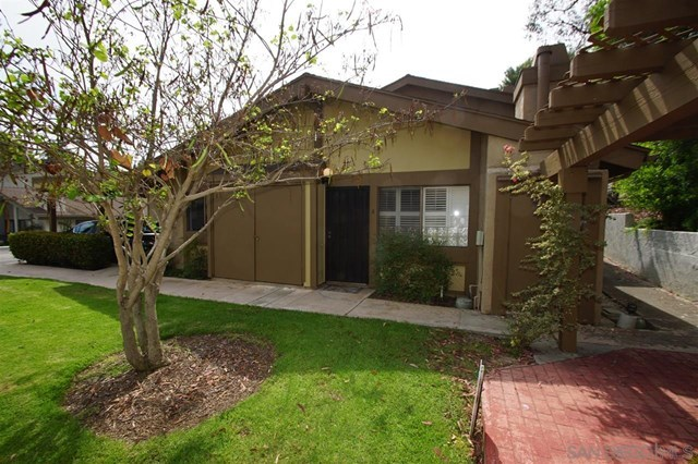 Closed | 8366 Via Sonoma  #A La Jolla, CA 92037 0
