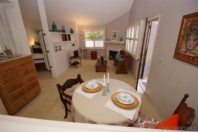 Closed | 8366 Via Sonoma  #A La Jolla, CA 92037 1