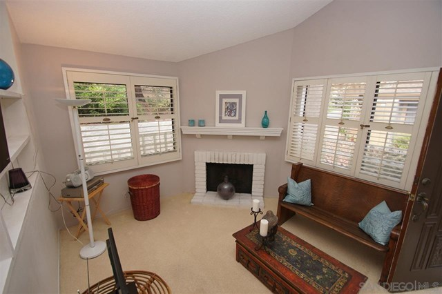 Closed | 8366 Via Sonoma  #A La Jolla, CA 92037 8