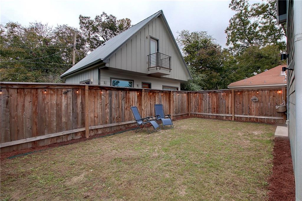 Closed | 902 Calle Limon #A Austin, TX 78702 32