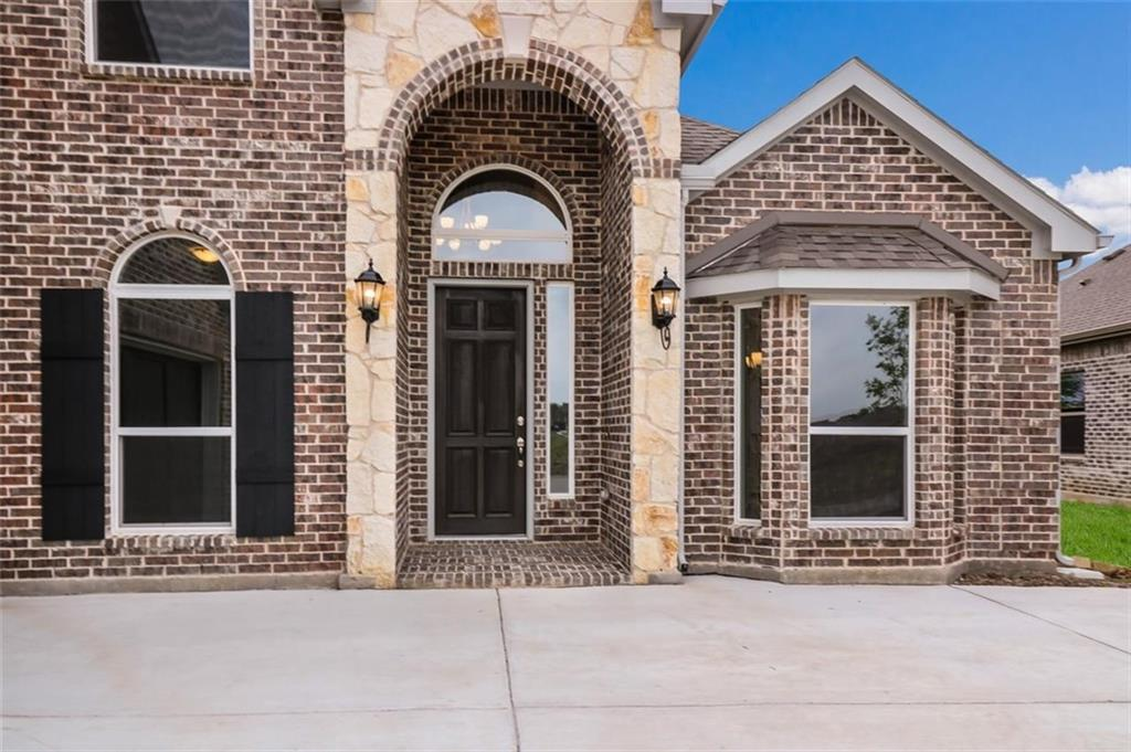 Active | 3728 Homeplace Drive Celina, TX 75009 2