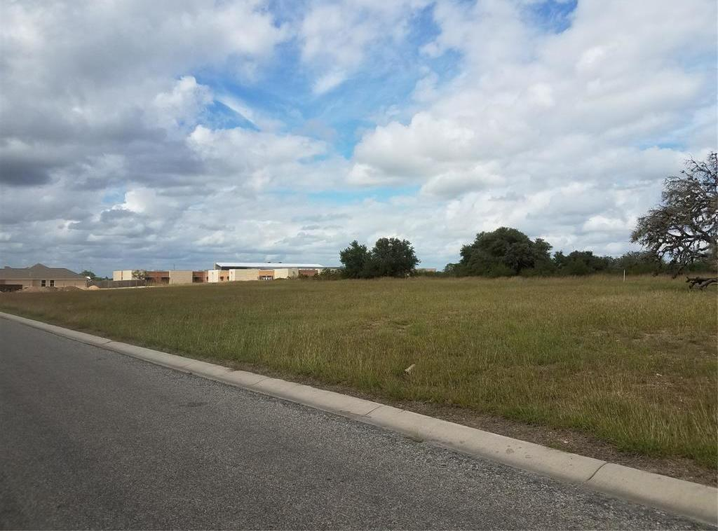 Active | 920 2nd Street Cuero, TX 77954 1