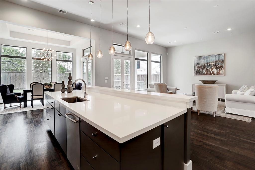 Sold Property   1959 Norfolk Street Houston, Texas 77098 17