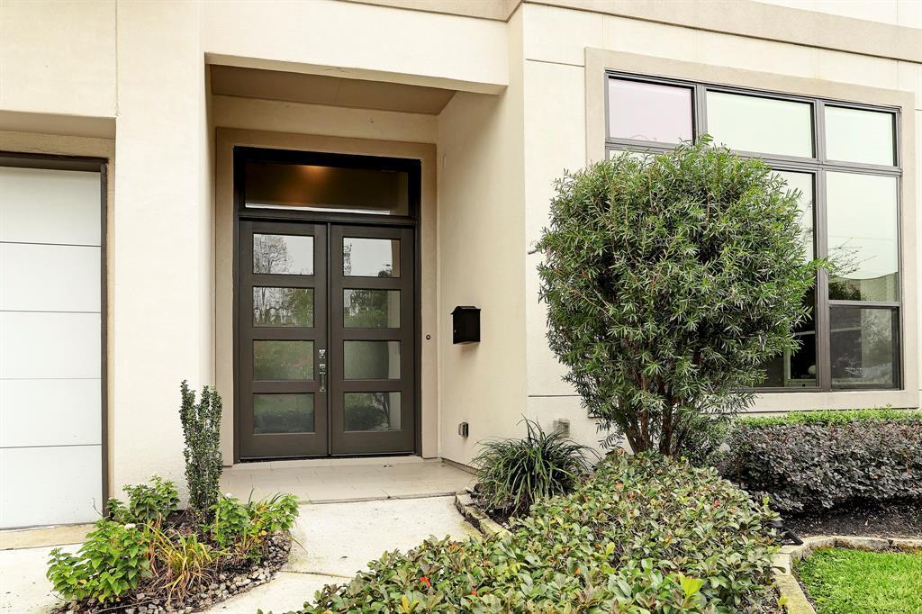 Sold Property   1959 Norfolk Street Houston, Texas 77098 2