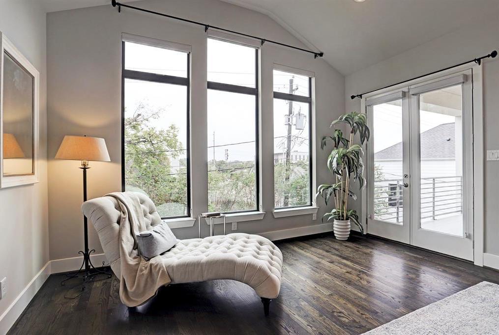 Sold Property   1959 Norfolk Street Houston, Texas 77098 27