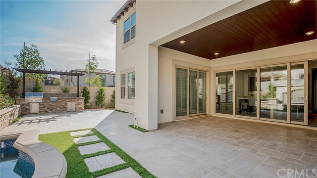 Closed | 105 Tunstone Irvine, CA 92618 31