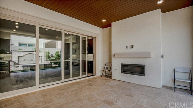 Closed | 105 Tunstone Irvine, CA 92618 32