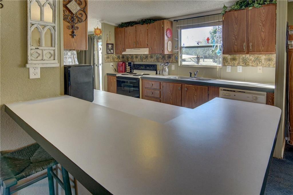 Home for Sale in Bastrop, Bastrop Texas, Bastrop House For Sale, Mobile Home For Sale | 513 Green Valley Drive Bastrop, TX 78602 10