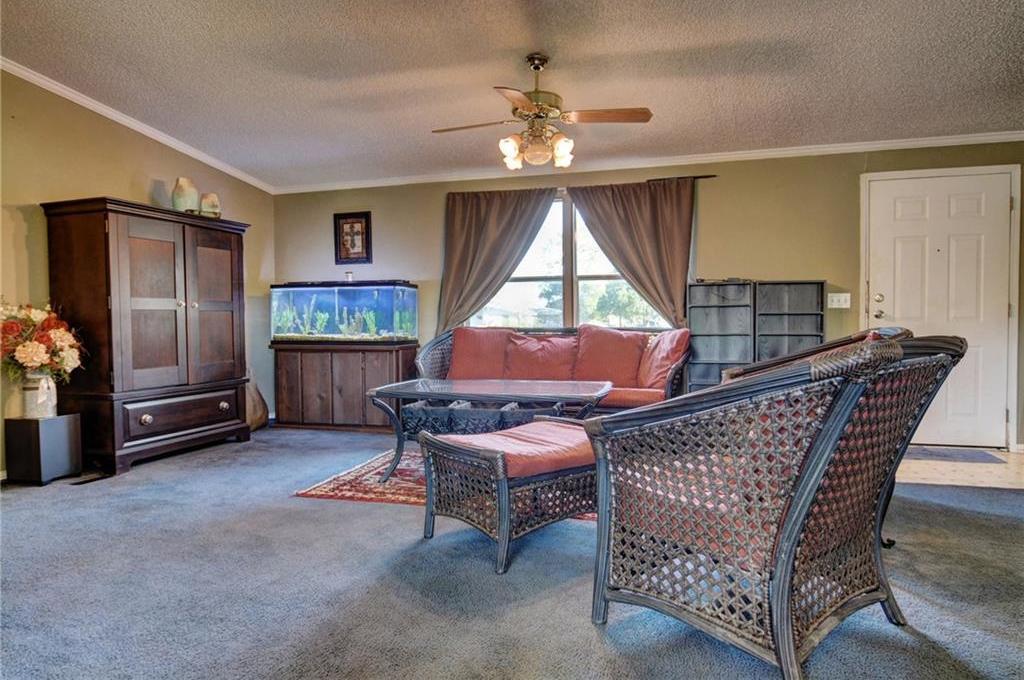 Home for Sale in Bastrop, Bastrop Texas, Bastrop House For Sale, Mobile Home For Sale | 513 Green Valley Drive Bastrop, TX 78602 11