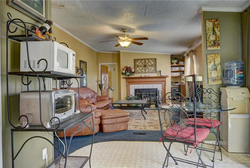 Home for Sale in Bastrop, Bastrop Texas, Bastrop House For Sale, Mobile Home For Sale | 513 Green Valley Drive Bastrop, TX 78602 32