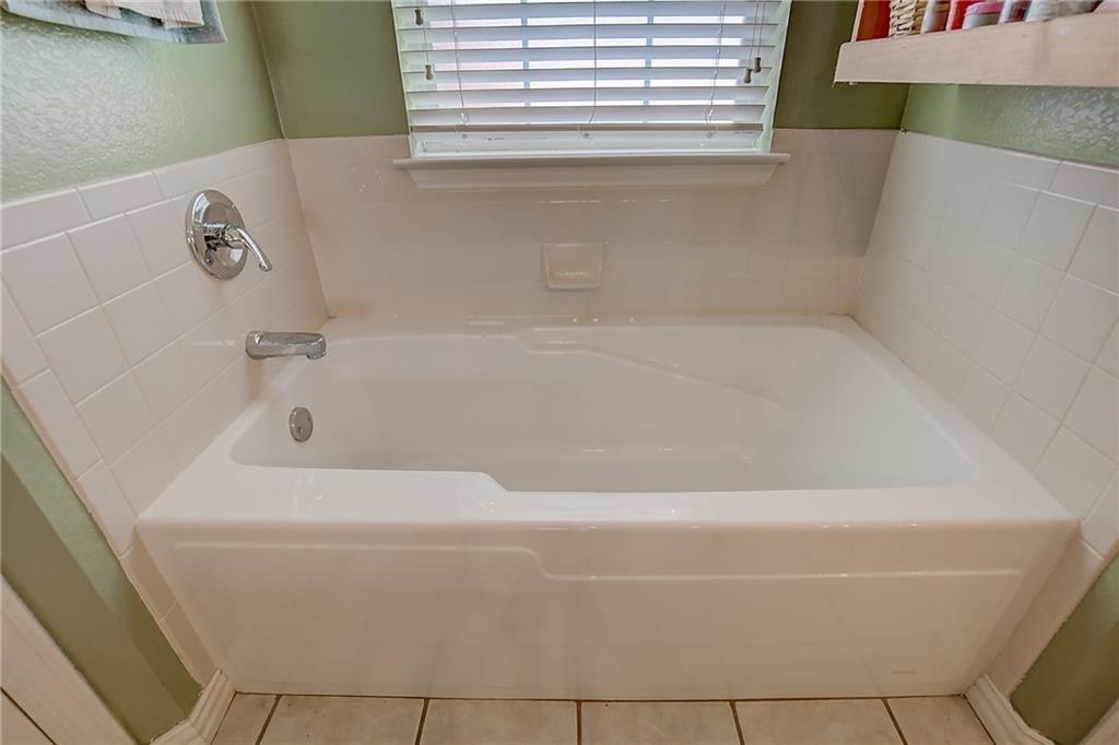 Sold Property   602 Acorn Street Pilot Point, Texas 76258 19
