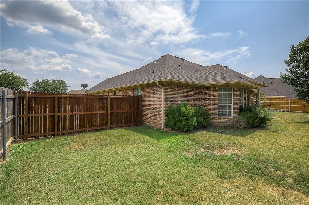 Sold Property   602 Acorn Street Pilot Point, Texas 76258 28