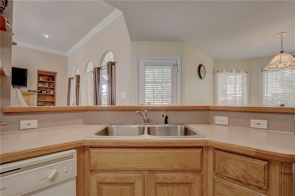 Sold Property   602 Acorn Street Pilot Point, Texas 76258 5