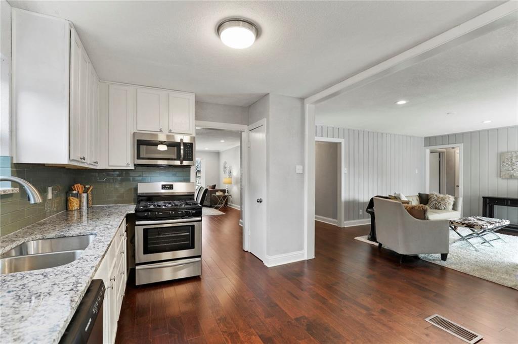 Dallas Real Estate | 3554 Vancouver Drive Dallas, Texas 75229 13
