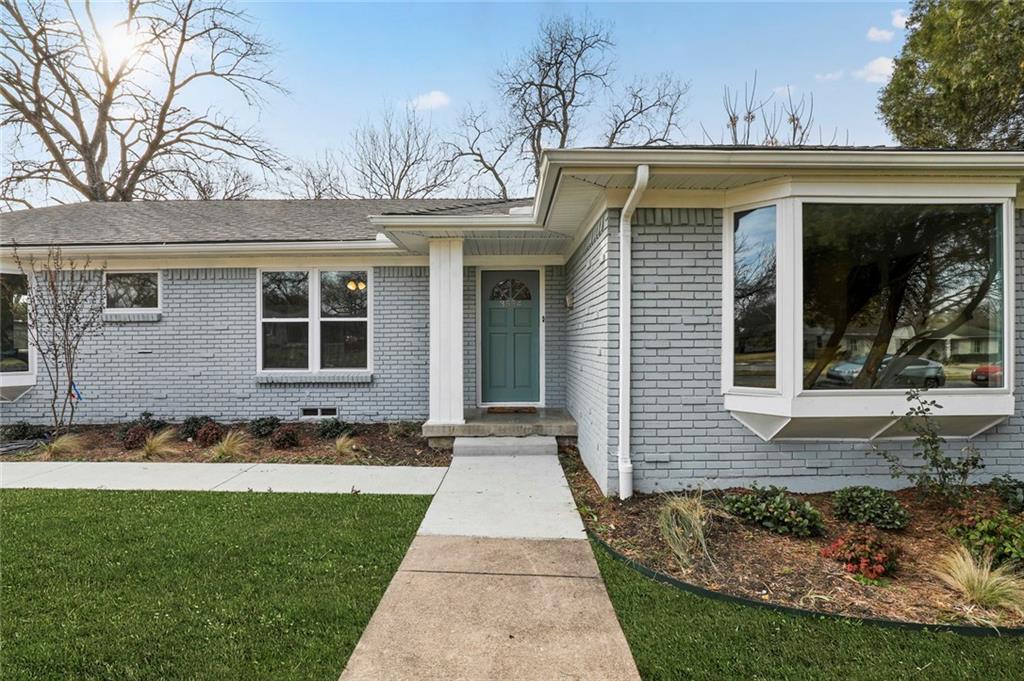Dallas Real Estate | 3554 Vancouver Drive Dallas, Texas 75229 3