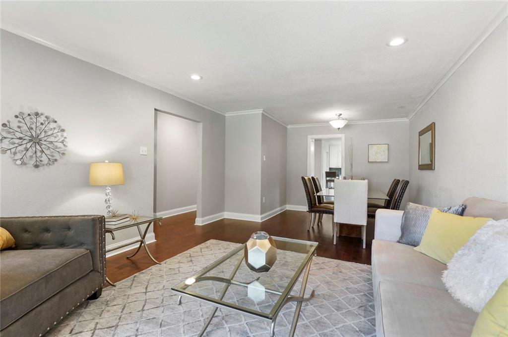 Dallas Real Estate | 3554 Vancouver Drive Dallas, Texas 75229 7
