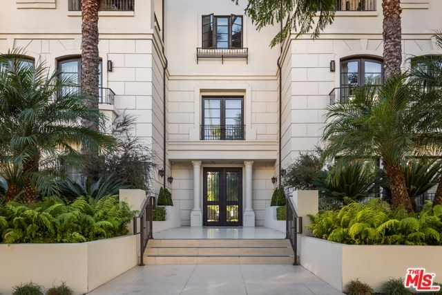 Off Market | 443 N PALM Drive #402 Beverly Hills, CA 90210 1