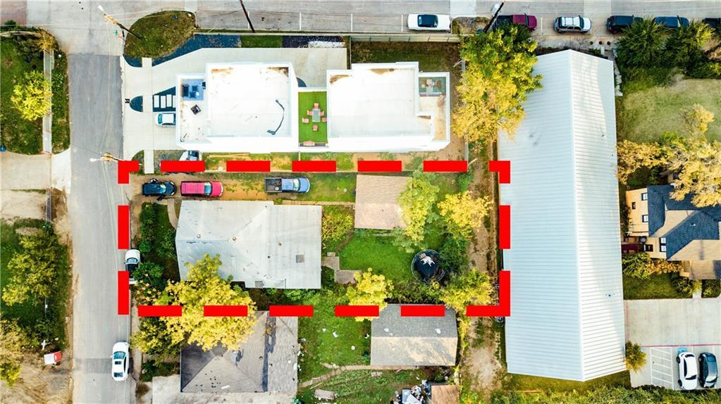 Sold Property | 1006 Mobile Street Dallas, Texas 75208 2